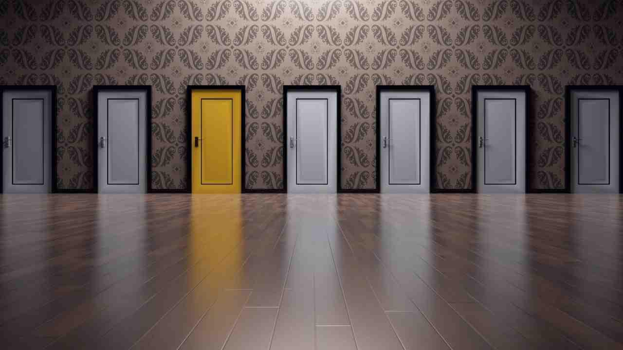 Reparación en casa: 3 pasos para pintar y lacar puertas