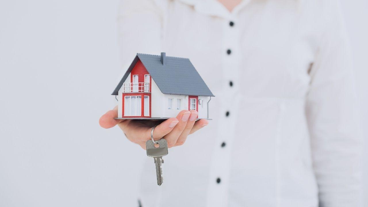 ¿Vender casa para comprar? Conoce la exención al reinvertir en la compra de una casa